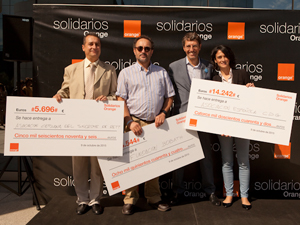 solidarios-orange-voluntariado-fundaciones